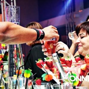 Bartender_Entrega_drink