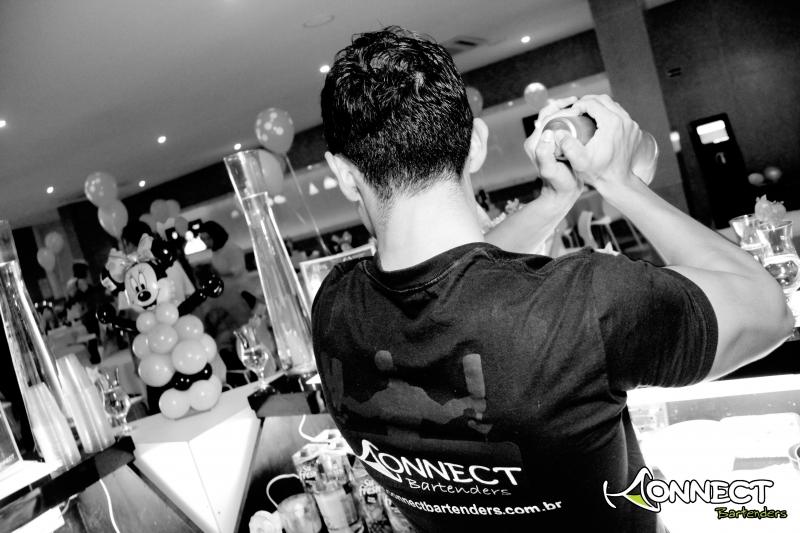 Bartender_prepara