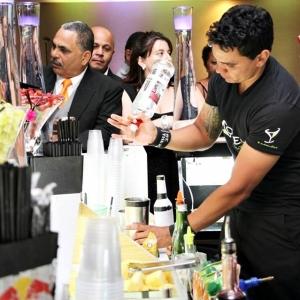 Bar_prepara_drink